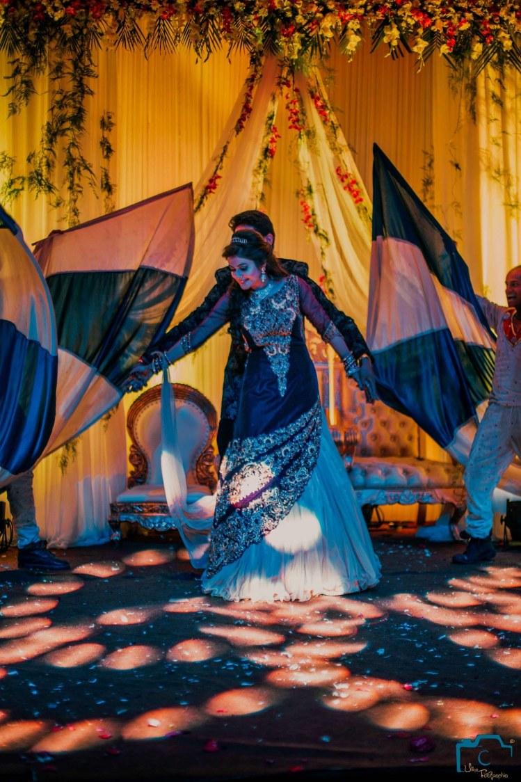 Dancing royal couple by ULike Fotographia Wedding-photography | Weddings Photos & Ideas