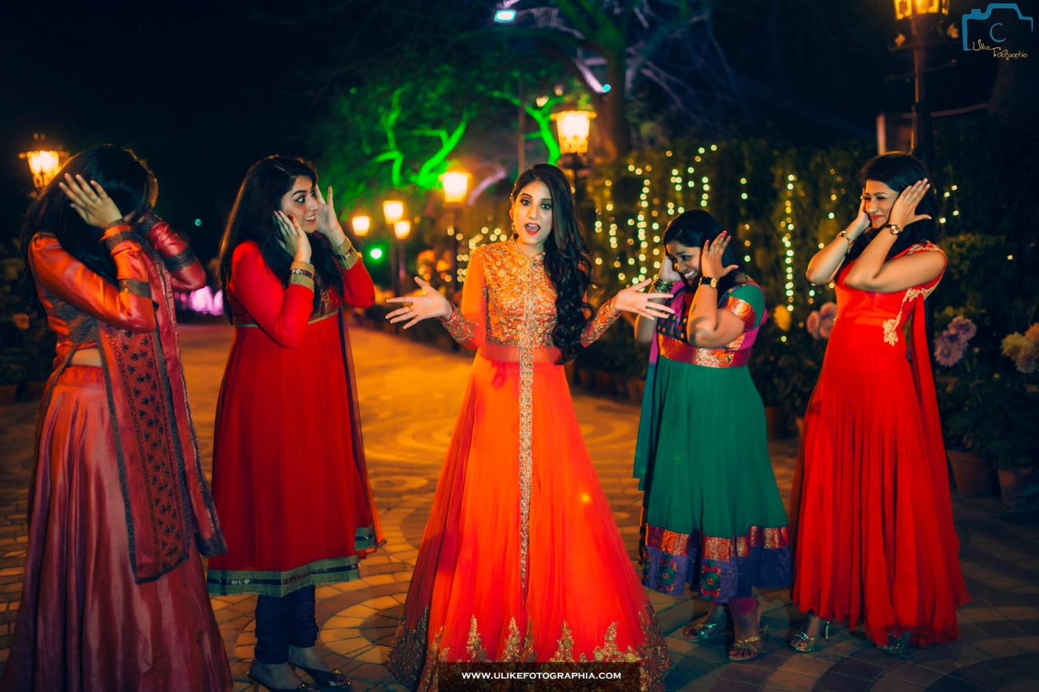 If you've your girls by your side,you,re infinite by ULike Fotographia Wedding-photography | Weddings Photos & Ideas