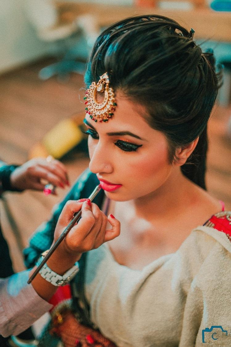 Half moon jewellery by ULike Fotographia Wedding-photography | Weddings Photos & Ideas