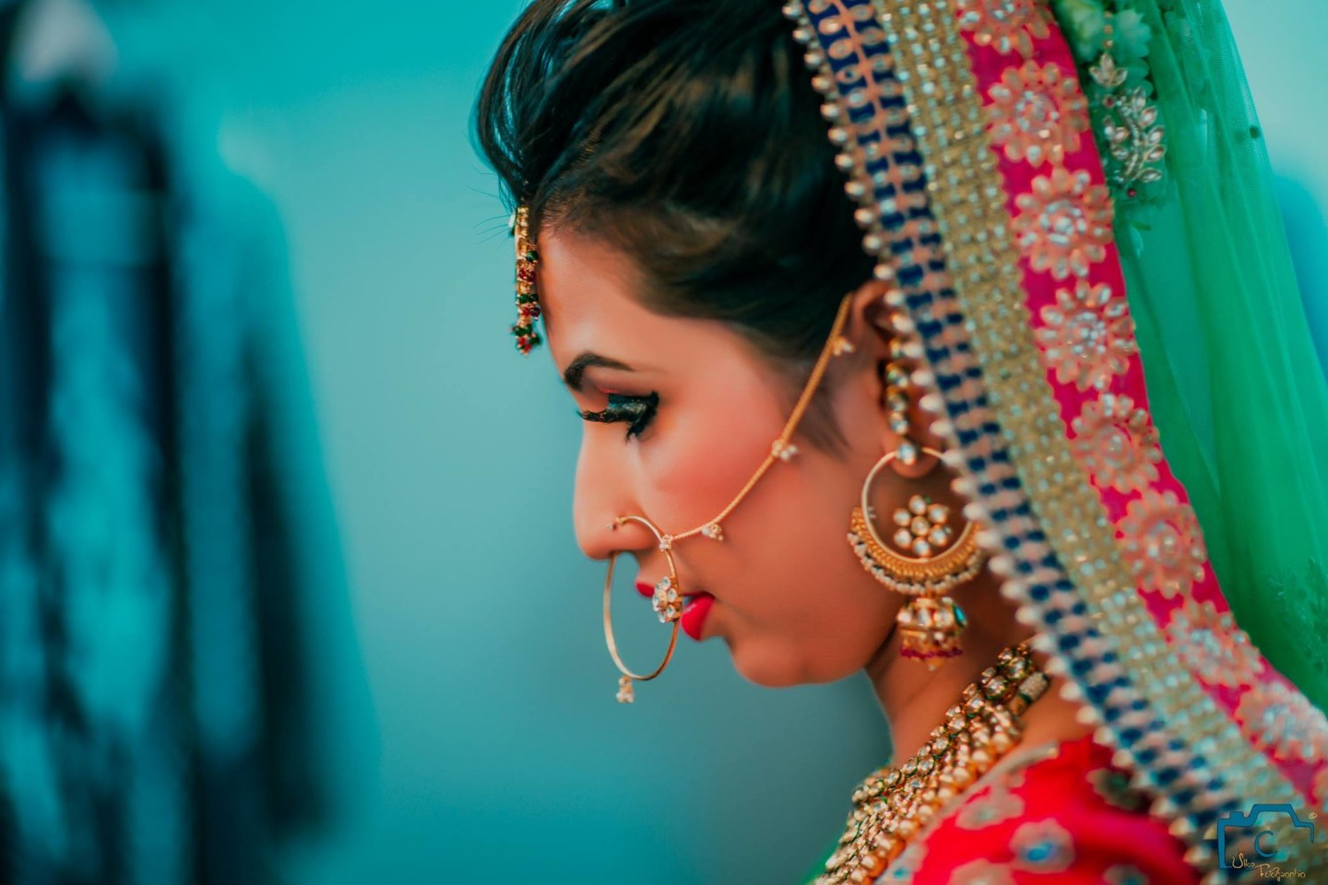 Twinkling face of the bride by ULike Fotographia Wedding-photography | Weddings Photos & Ideas
