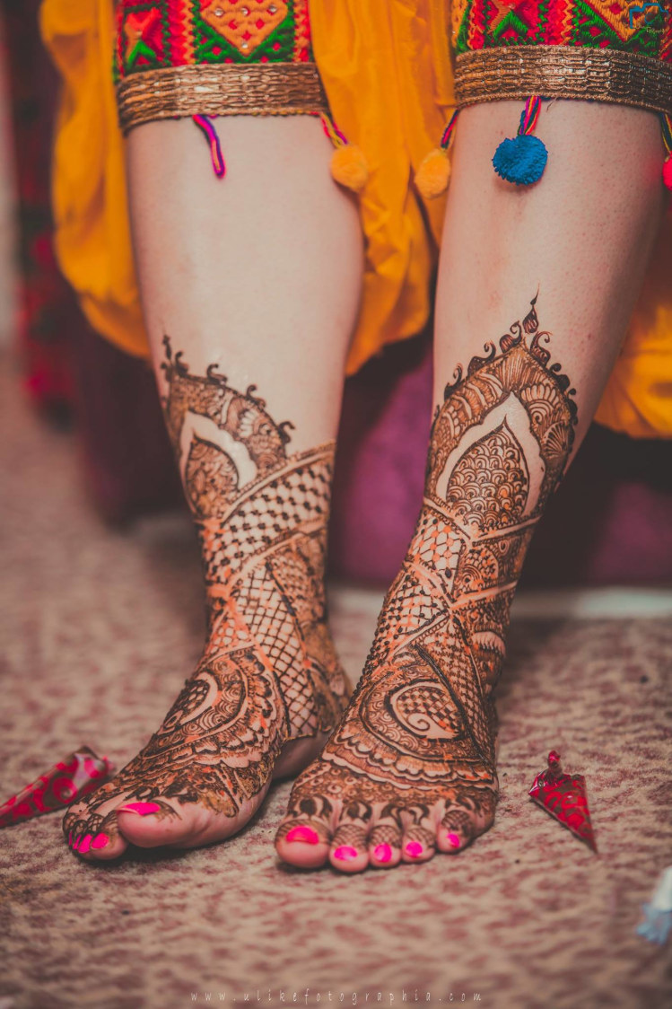 Vibrant Colours Of Mehendi by ULike Fotographia Wedding-photography | Weddings Photos & Ideas