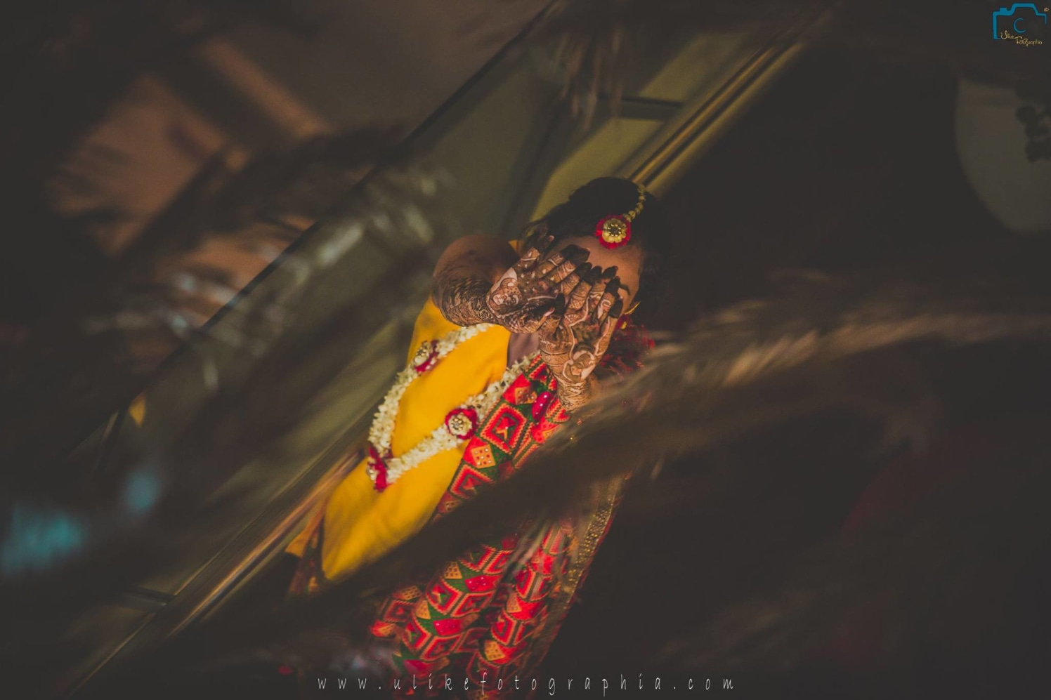 Flaunting My Mango Leaf Mehendi by ULike Fotographia Wedding-photography | Weddings Photos & Ideas