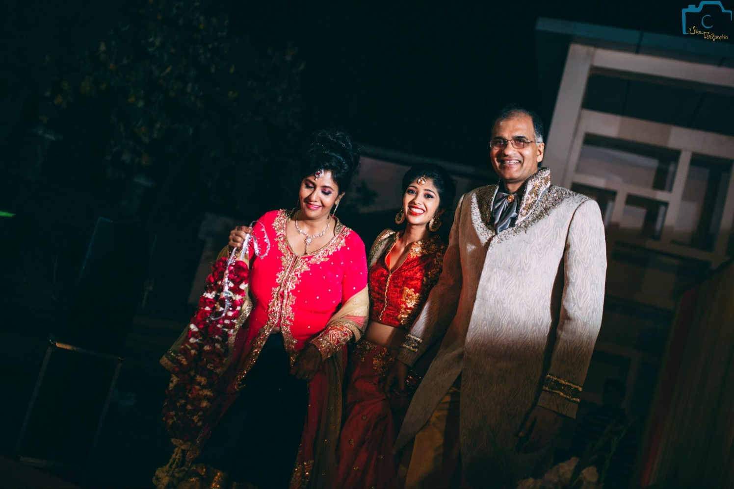 Family shot perfectly captured by ULike Fotographia Wedding-photography | Weddings Photos & Ideas