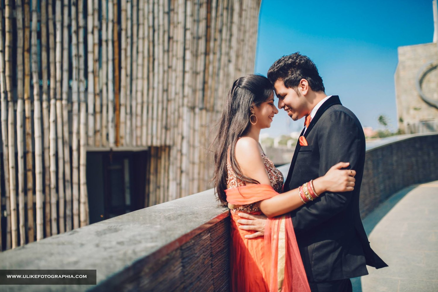 She adds colors to his life by ULike Fotographia Wedding-photography | Weddings Photos & Ideas