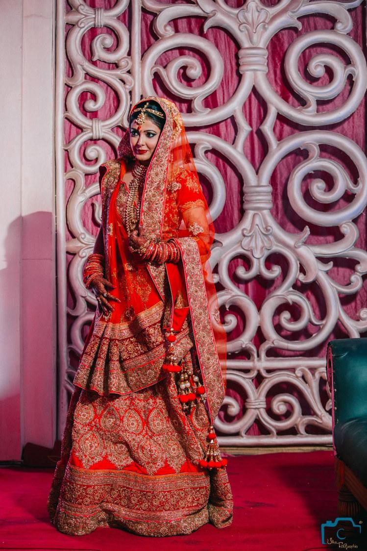 Stunning wedding attire by ULike Fotographia Wedding-photography | Weddings Photos & Ideas
