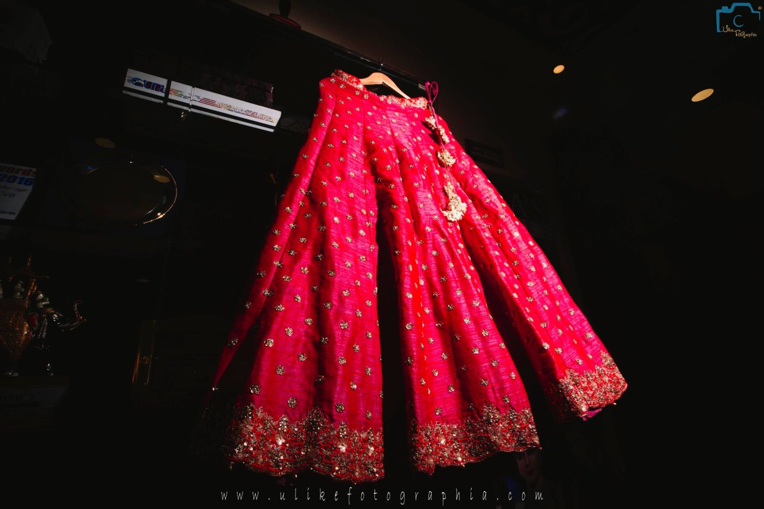 Hanging lehenga shot by ULike Fotographia Wedding-photography | Weddings Photos & Ideas