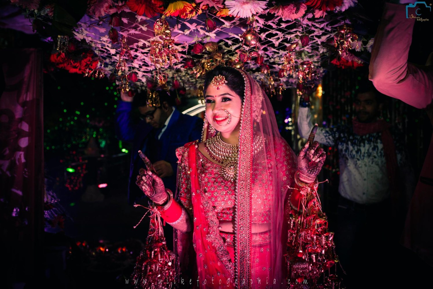 Bhangra for the bride by ULike Fotographia Wedding-photography | Weddings Photos & Ideas
