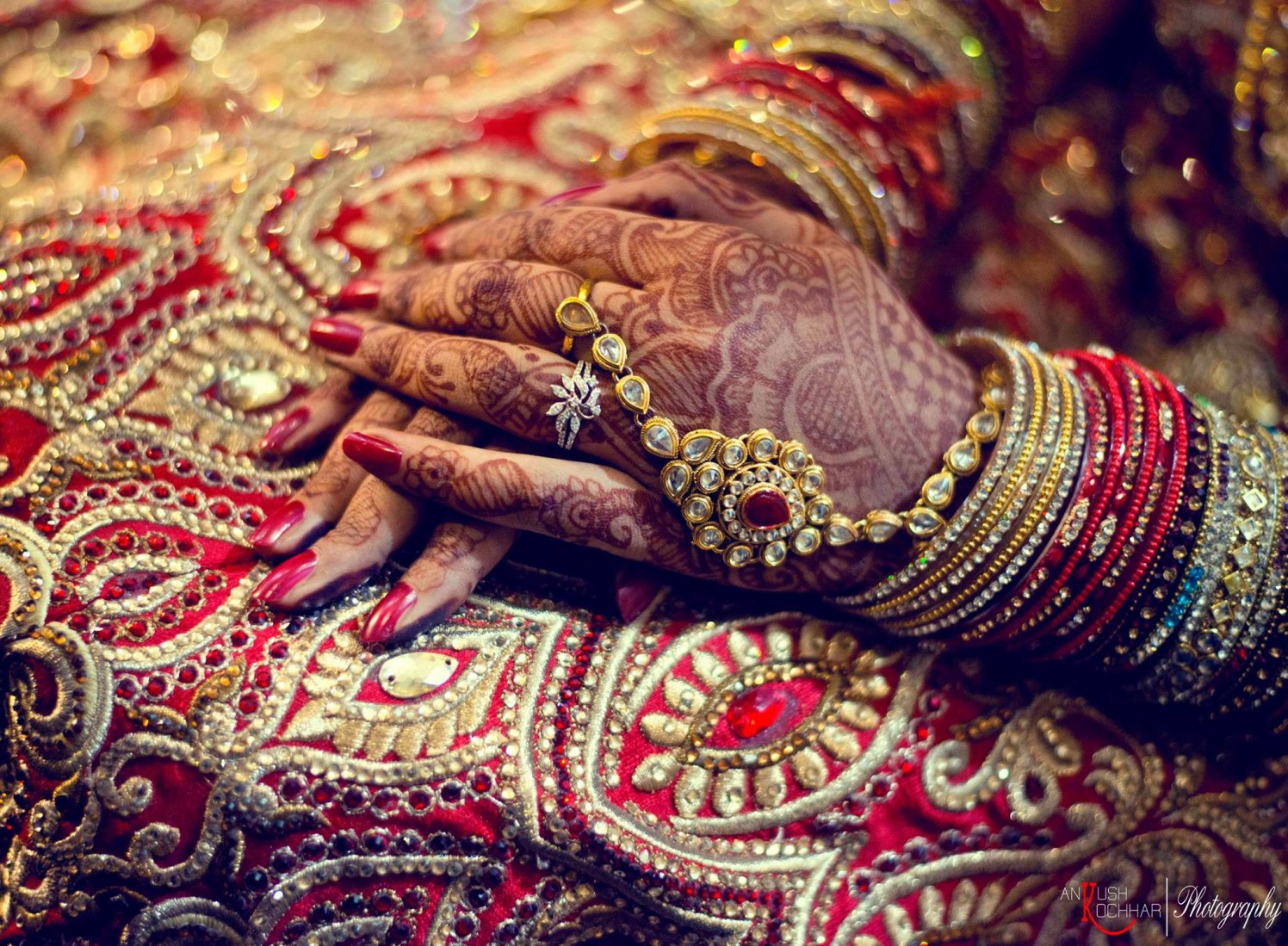 Bride Hand Shot by AKfotography Wedding-photography | Weddings Photos & Ideas