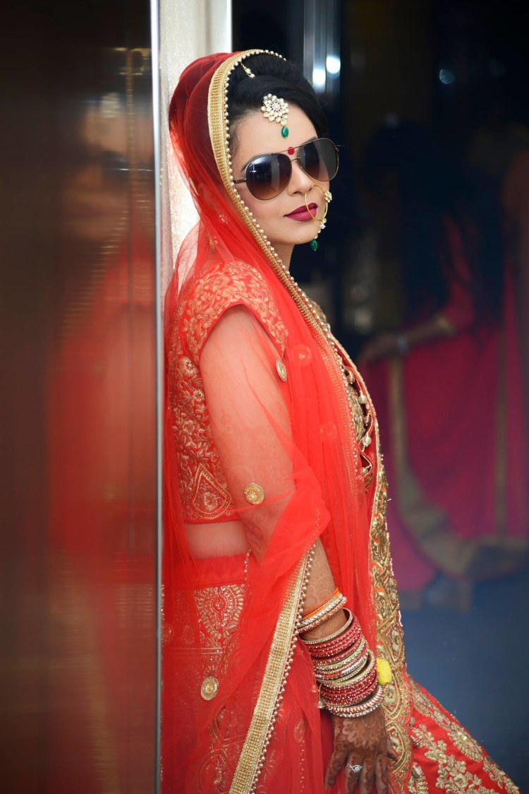 Cool Bride Pose by AKfotography Wedding-photography | Weddings Photos & Ideas