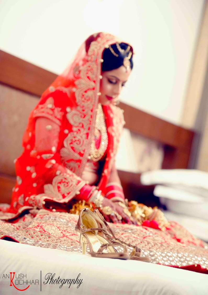 Indian bride by AKfotography Wedding-photography | Weddings Photos & Ideas