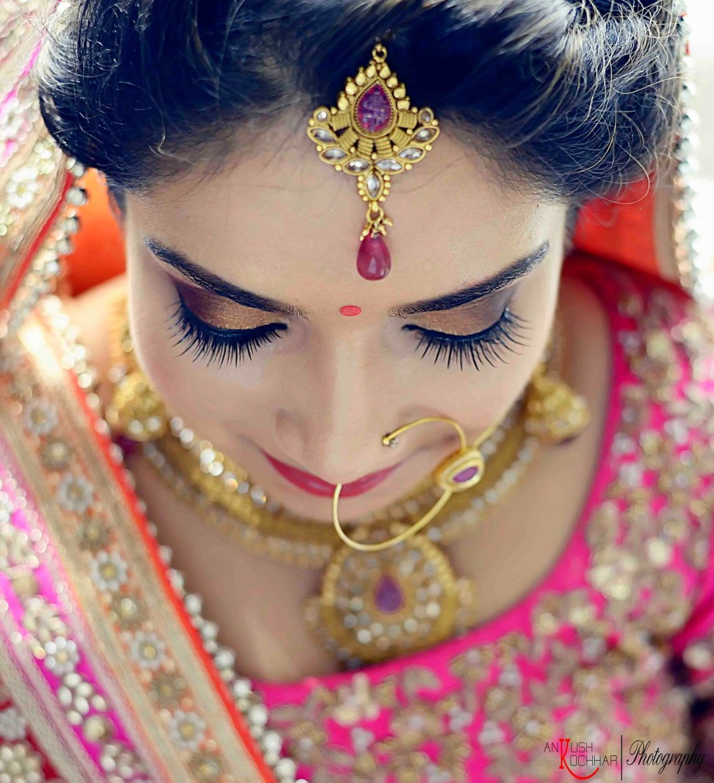 The gorgeous bride by AKfotography Wedding-photography   Weddings Photos & Ideas