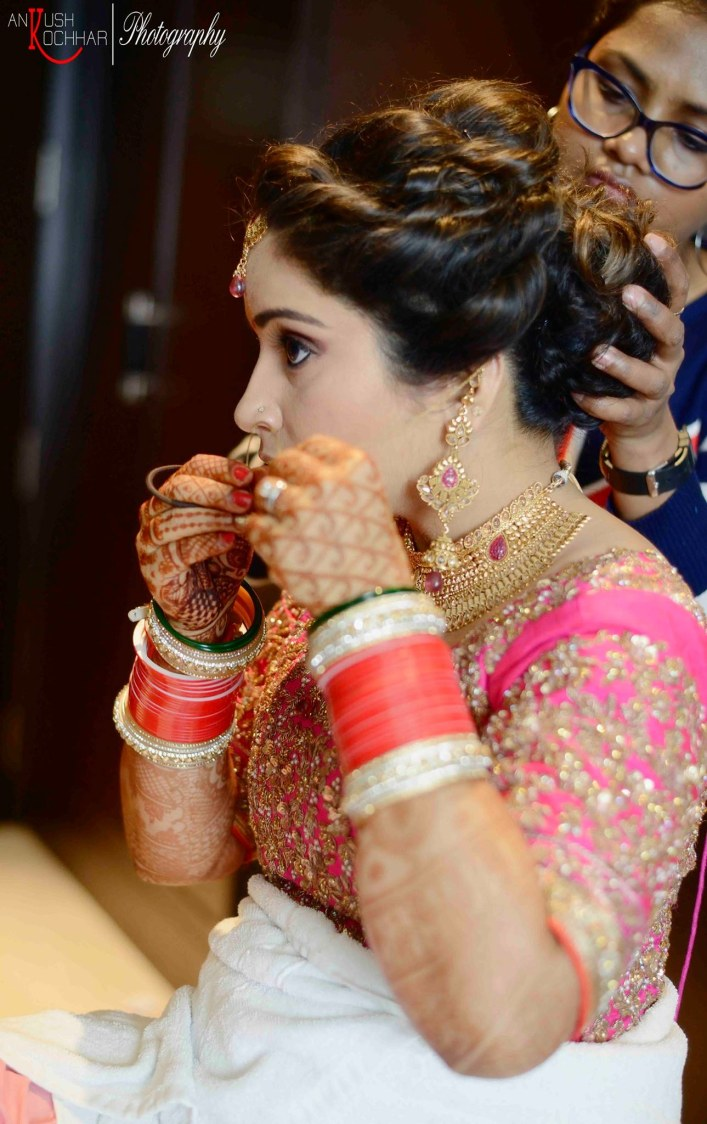 Getting all geared up for the big day by AKfotography Wedding-photography | Weddings Photos & Ideas