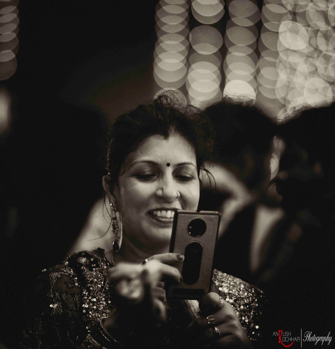 Indian wedding guests by AKfotography Wedding-photography | Weddings Photos & Ideas