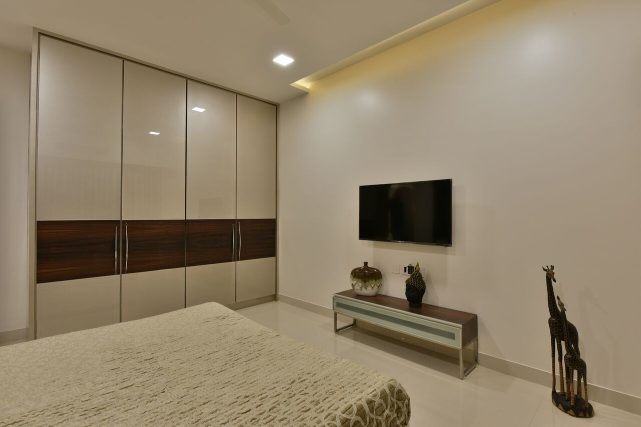 High Gloss Closet by ARCHITECT KAUSHAL CHOUHAN Bedroom | Interior Design Photos & Ideas