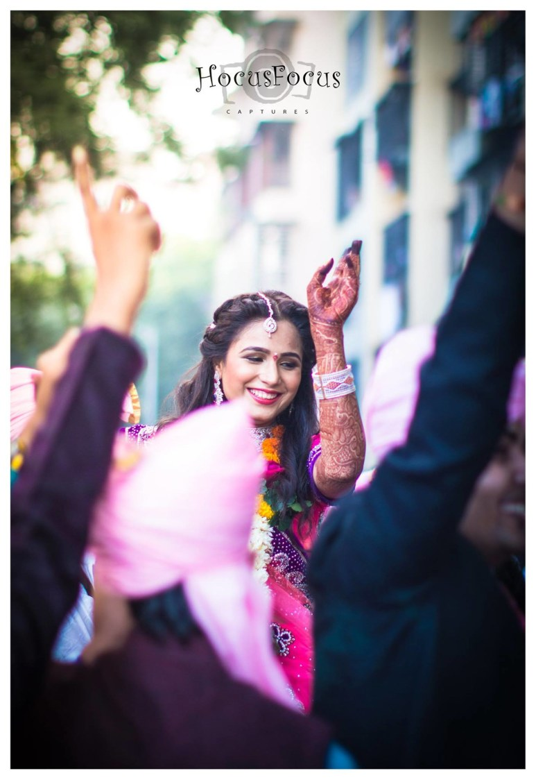 Dancing on my tunes by HOCUS FOCUS PHOTOGRAPHY  Wedding-photography | Weddings Photos & Ideas