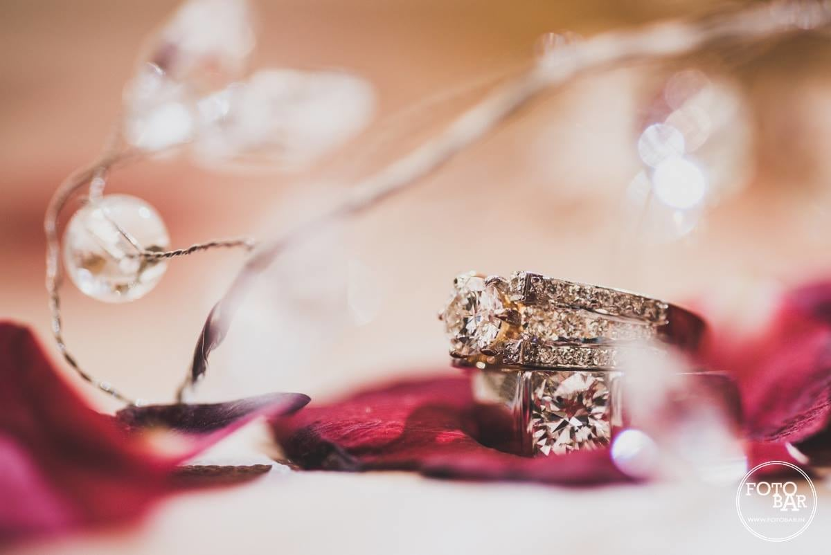 Glittering tokens of love by Fotobar Wedding-photography | Weddings Photos & Ideas
