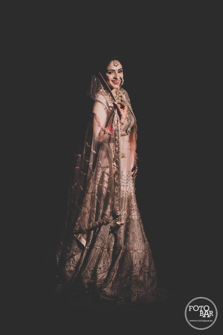 Bridal winsome by Fotobar Wedding-photography | Weddings Photos & Ideas