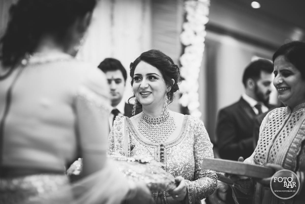 Capturing comeliness by Fotobar Wedding-photography | Weddings Photos & Ideas