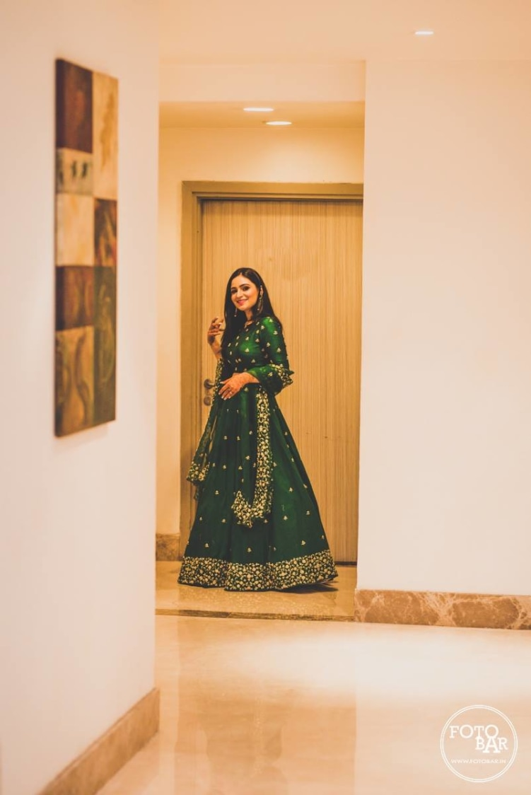 Glistening queen in green by Fotobar Wedding-photography | Weddings Photos & Ideas