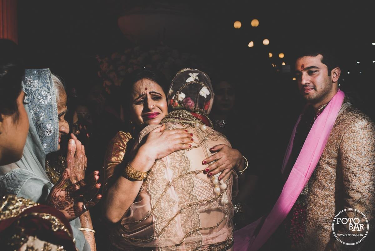 Emotional wedding moments by Fotobar Wedding-photography | Weddings Photos & Ideas