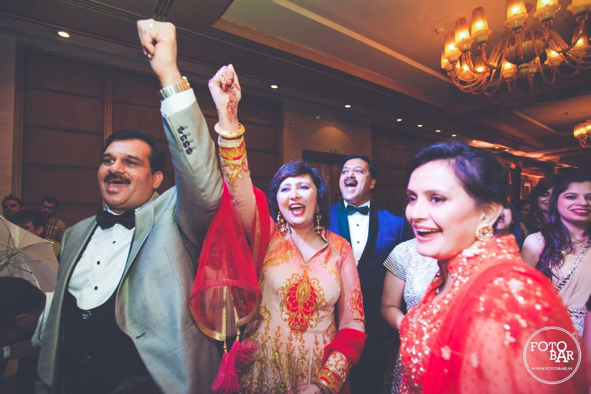 Gleeful guests by Fotobar Wedding-photography | Weddings Photos & Ideas