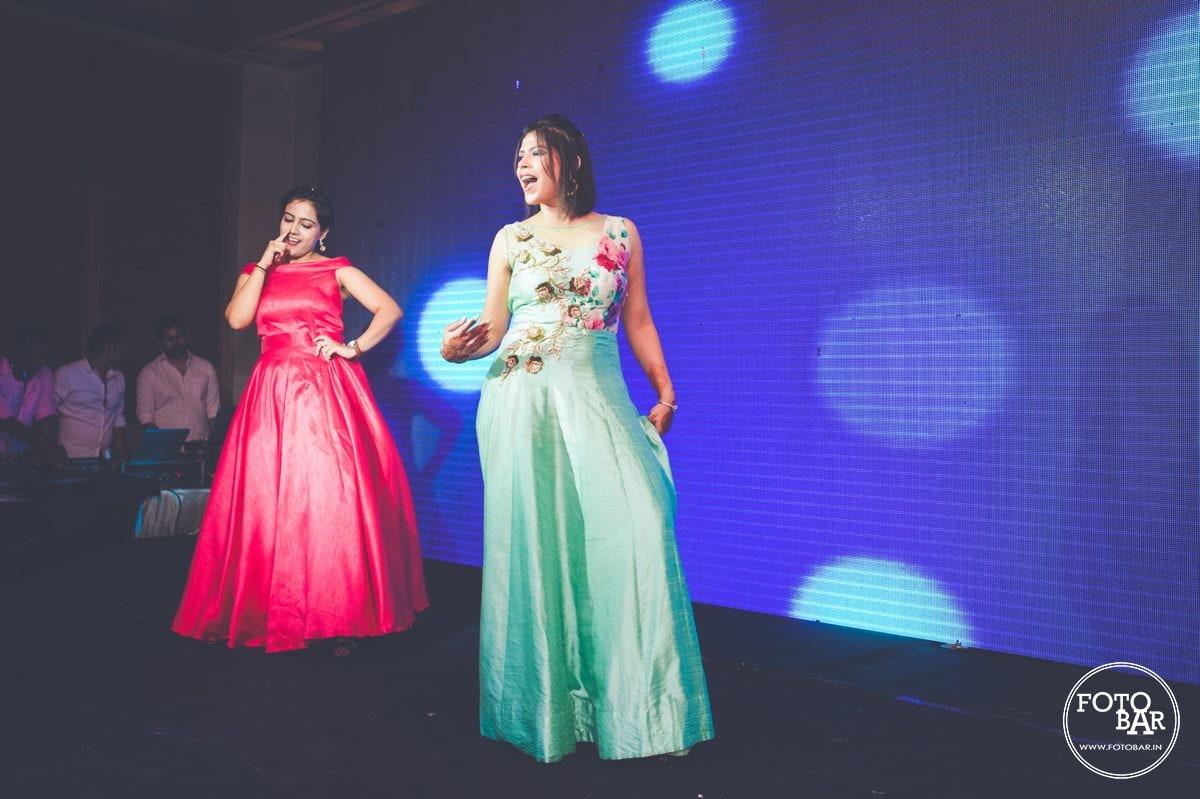 Stylish diva by Fotobar Wedding-photography   Weddings Photos & Ideas