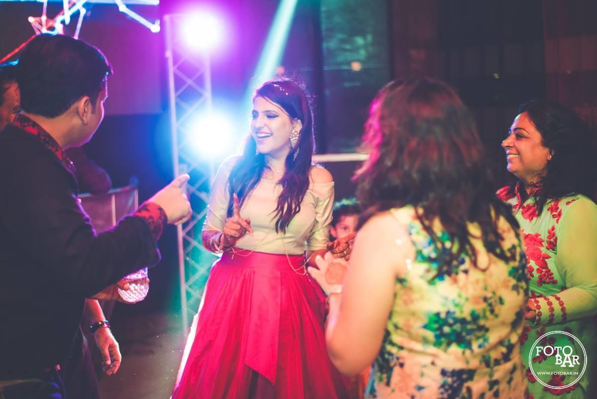 Happy beam by Fotobar Wedding-photography | Weddings Photos & Ideas