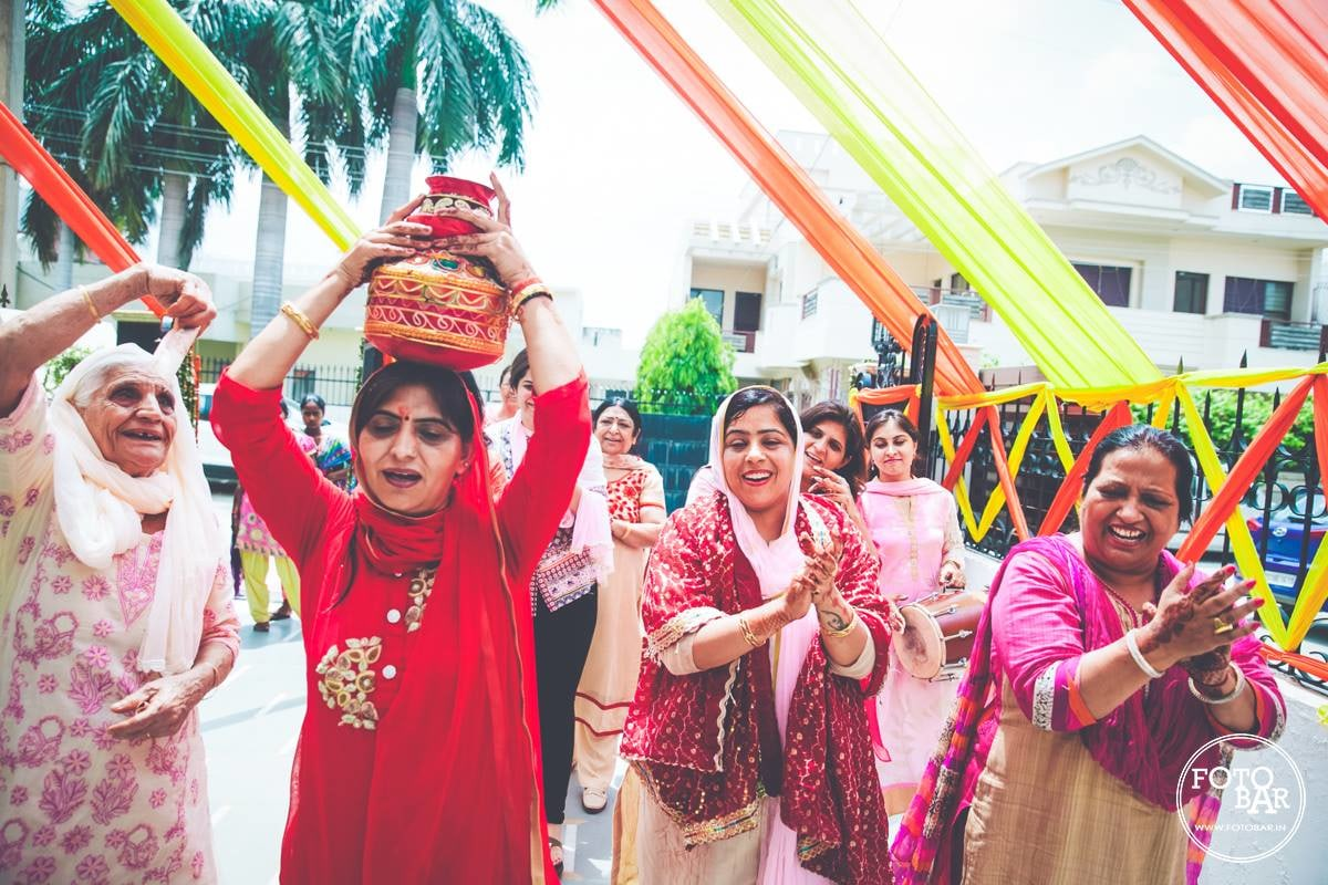 Colourful traditions by Fotobar Wedding-photography | Weddings Photos & Ideas