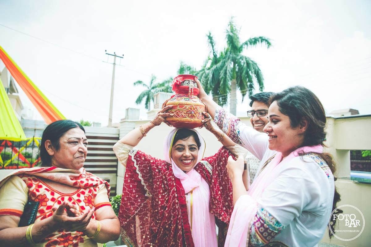 Wedding traditions are soulful and jolly by Fotobar Wedding-photography | Weddings Photos & Ideas