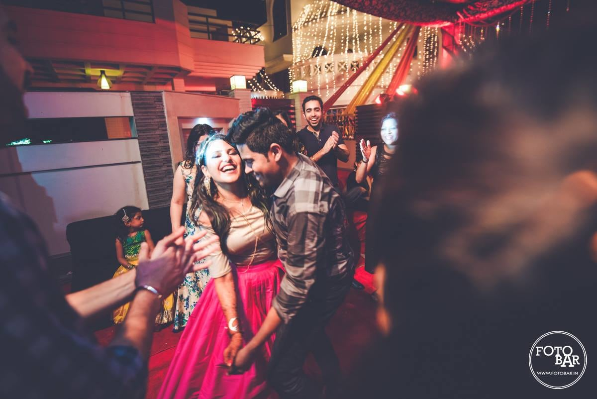 Convivial tickled pink by Fotobar Wedding-photography | Weddings Photos & Ideas