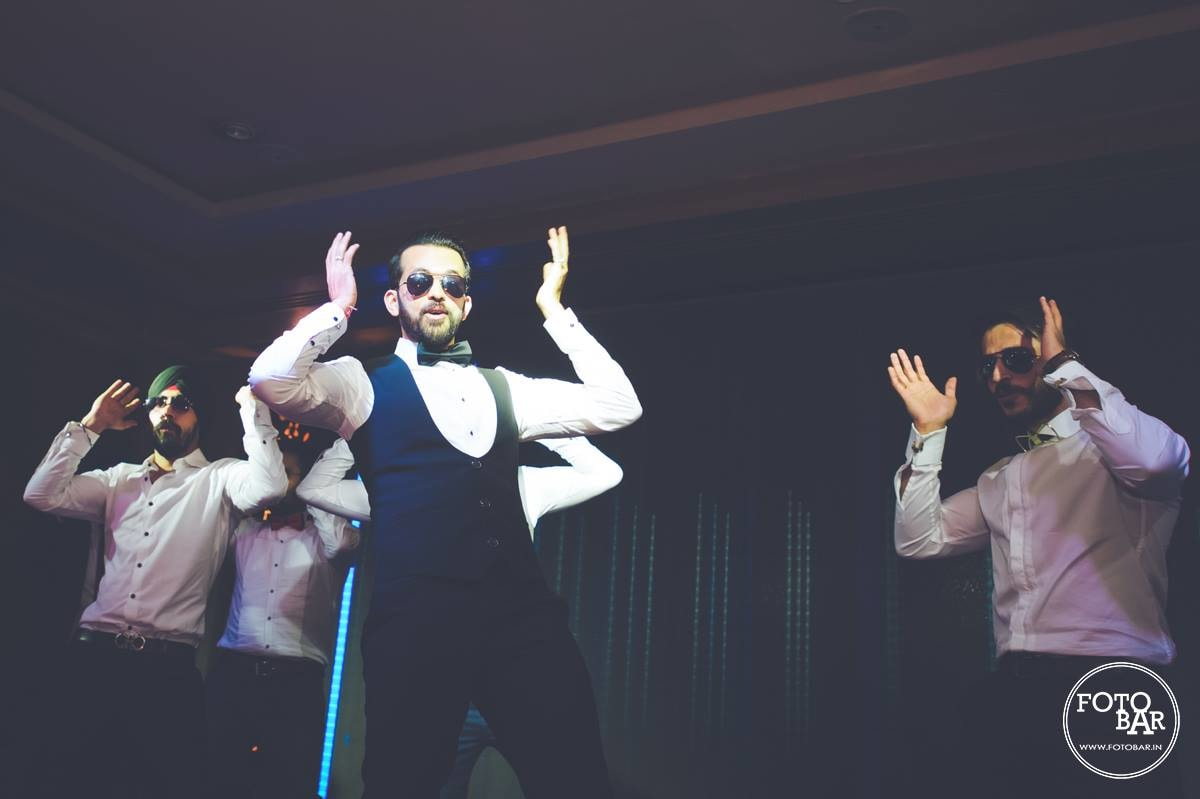 Dappers swish by Fotobar Wedding-photography | Weddings Photos & Ideas