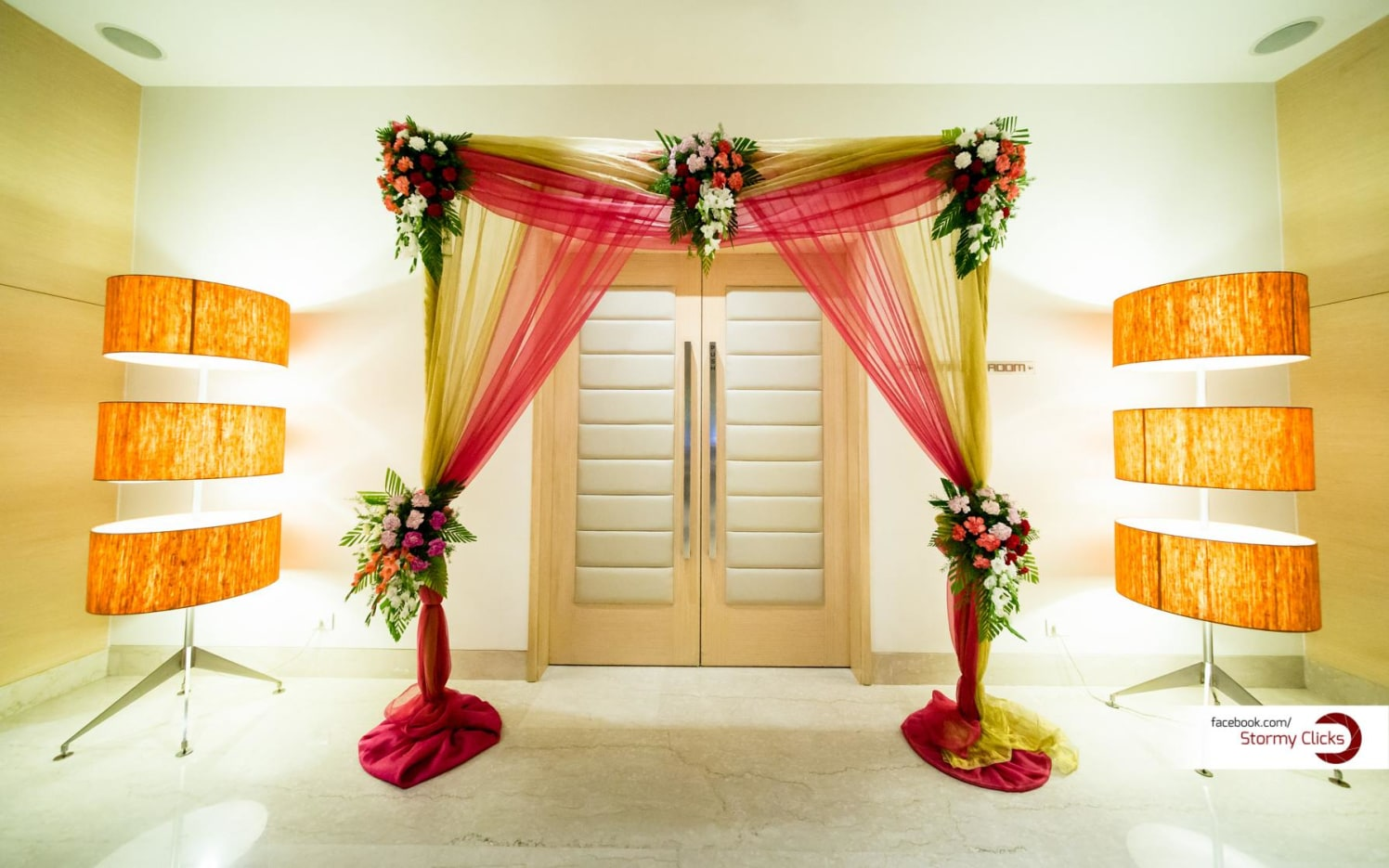 Floral Wedding Entrance  With Multilayered Lamps by Deepak Subramanian Wedding-decor | Weddings Photos & Ideas