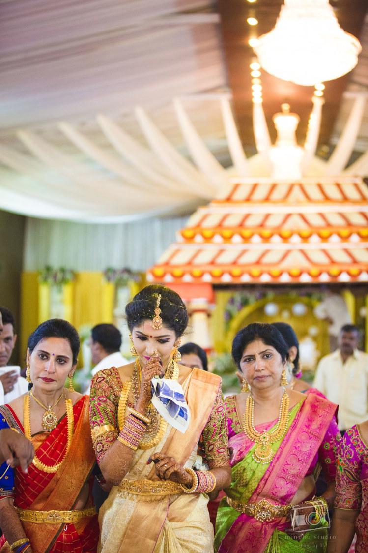 Bride's Bidae by Shreyanka Sujay Wedding-photography | Weddings Photos & Ideas