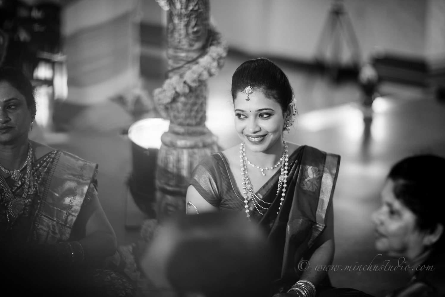 Cheerful Bride by Minchu Studio Wedding-photography | Weddings Photos & Ideas