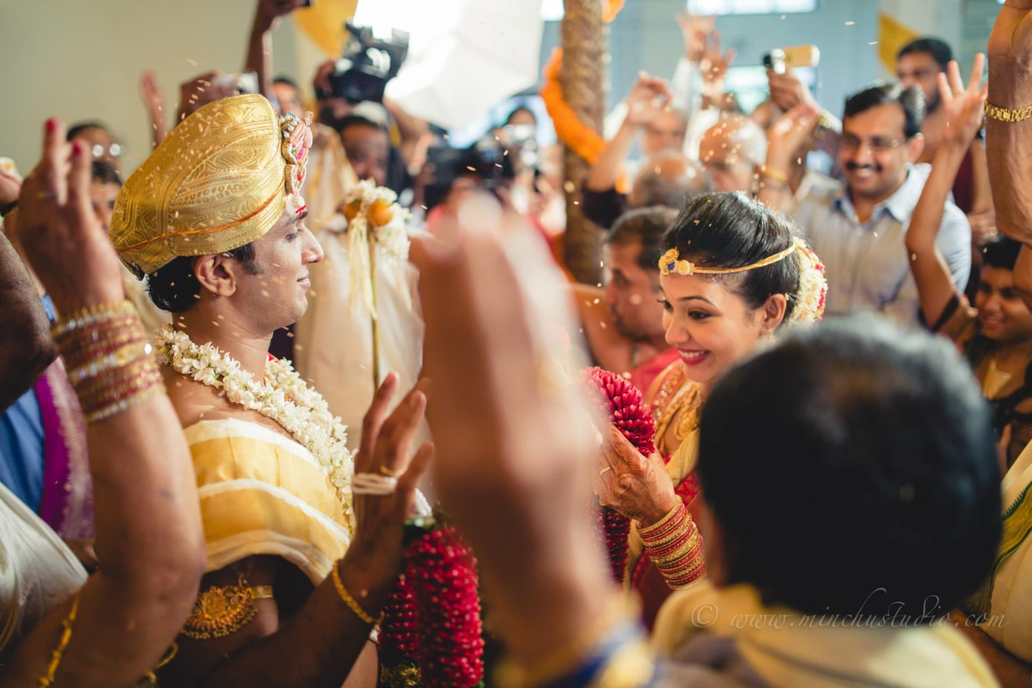 Wedding Ceremony by Minchu Studio Wedding-photography Bridal-jewellery-and-accessories Groom-wear-and-accessories | Weddings Photos & Ideas