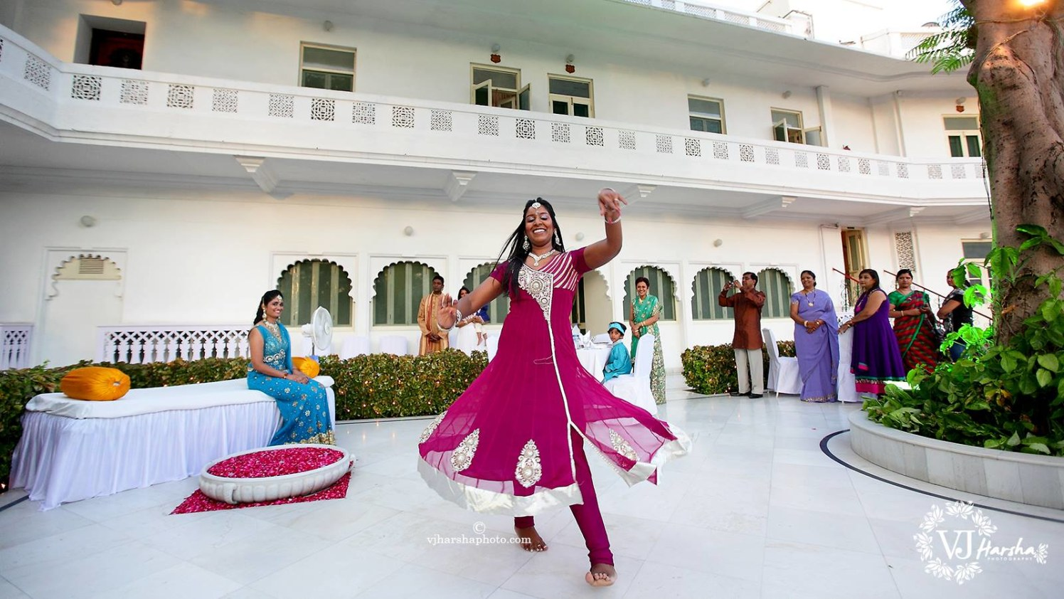 Dance performances! by Vjharsha Photography Wedding-photography | Weddings Photos & Ideas