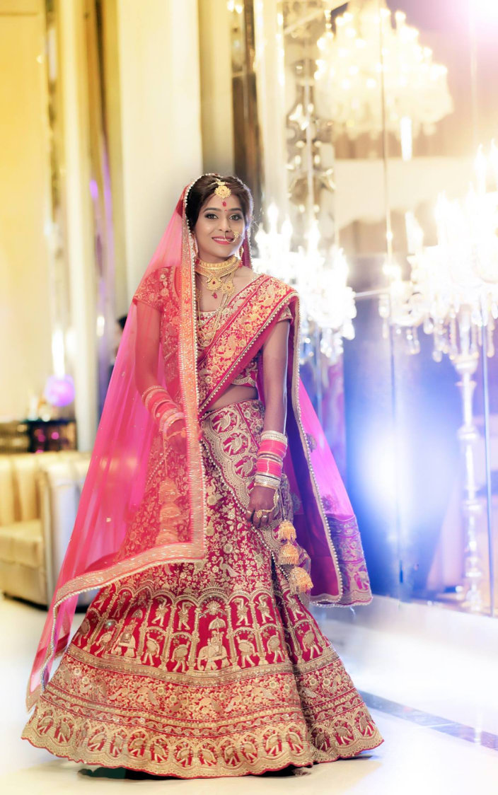 A Stunning Bride Wearing Crimson Lehenga by Big smile pictures  Wedding-photography Wedding-dresses | Weddings Photos & Ideas