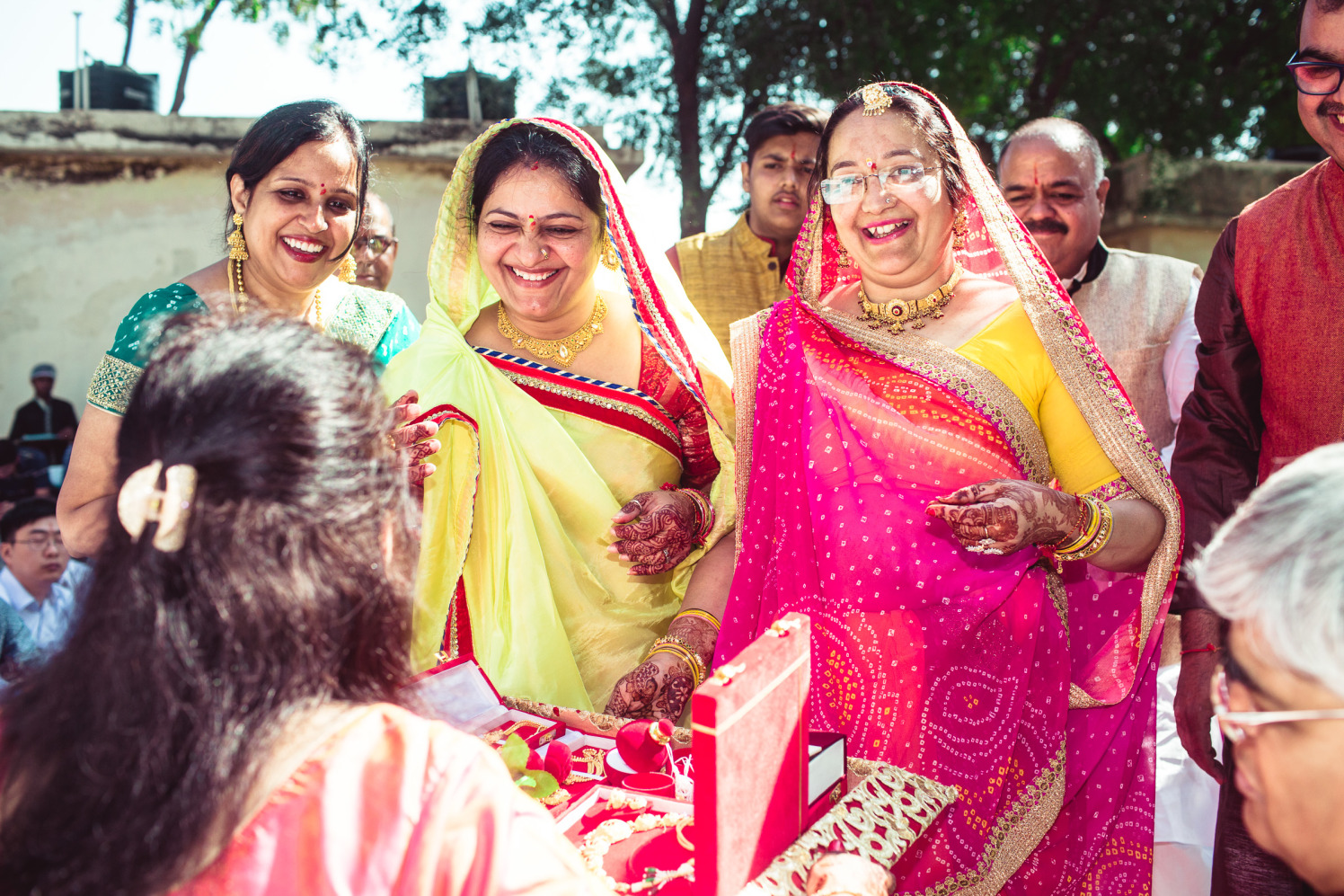 Gilded happiness by Manas Saran Photography Wedding-photography | Weddings Photos & Ideas