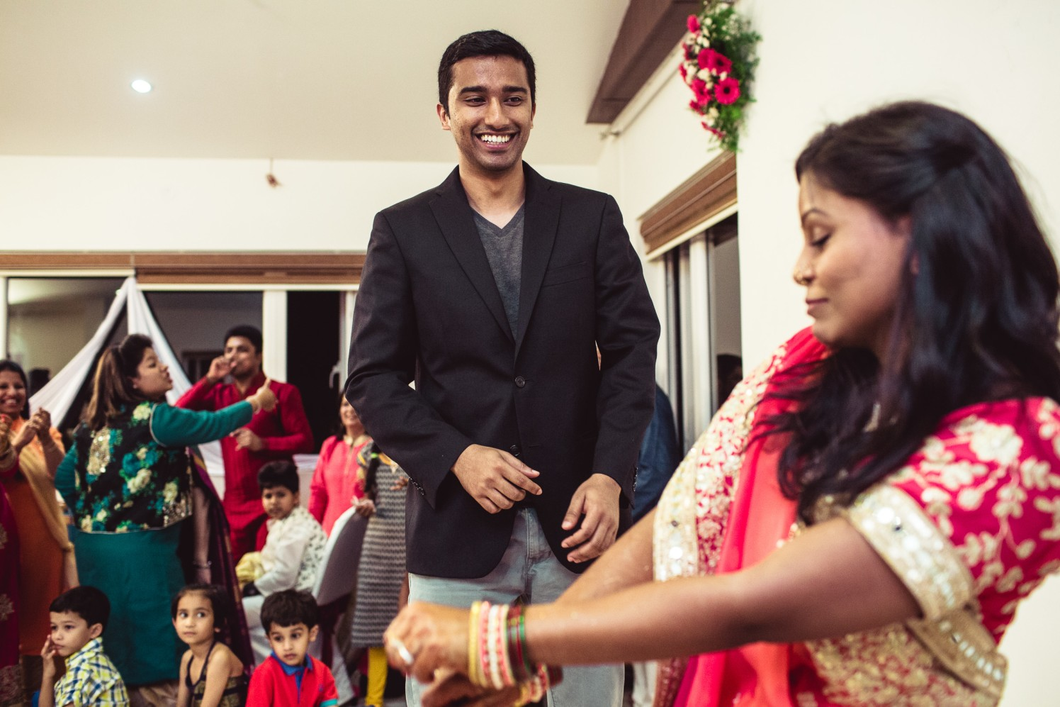 Just dance! by Manas Saran Photography Wedding-photography | Weddings Photos & Ideas