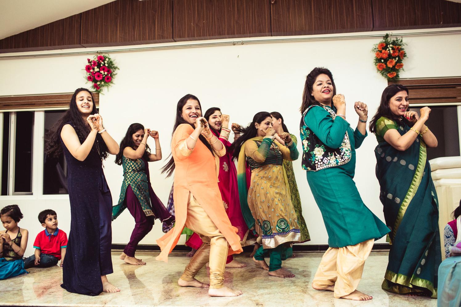 Ladies night! by Manas Saran Photography Wedding-photography | Weddings Photos & Ideas