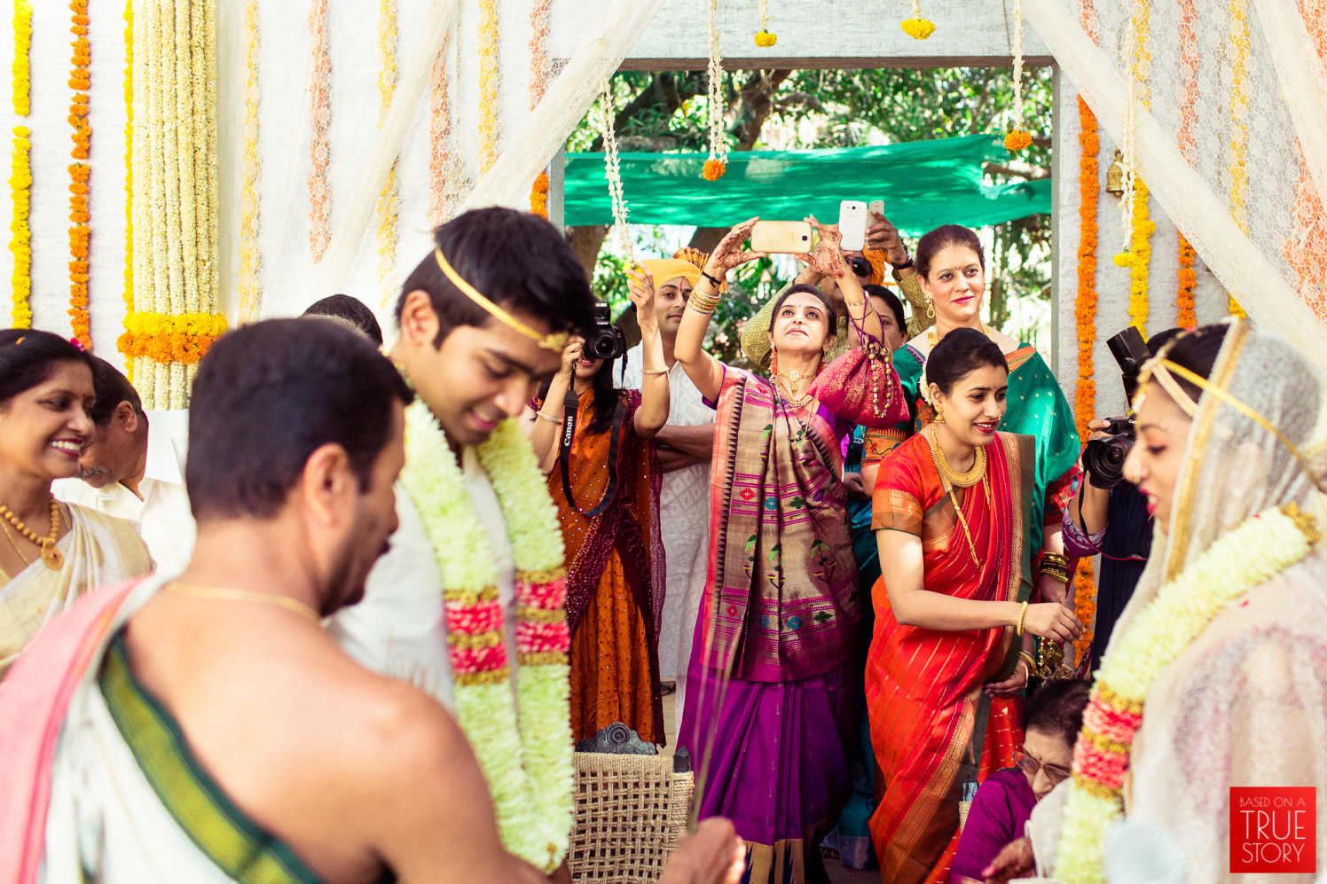 Paparazzi moment by Manas Saran Photography Wedding-photography | Weddings Photos & Ideas