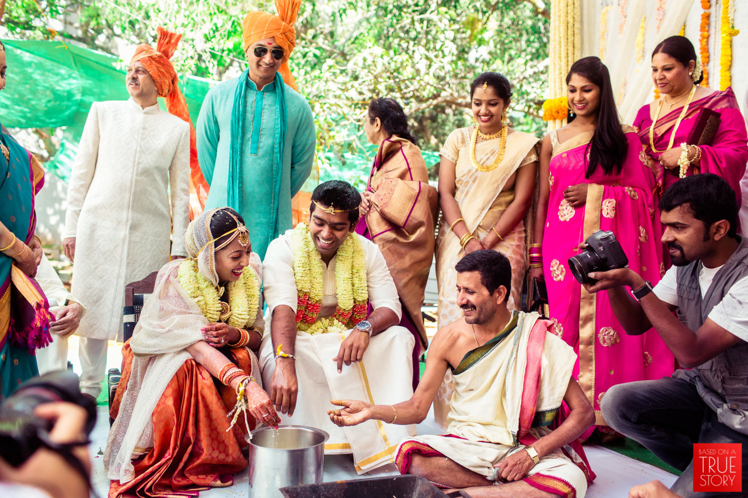 Performing rituals together by Manas Saran Photography Wedding-photography | Weddings Photos & Ideas
