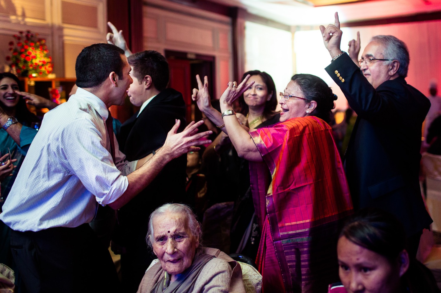 Even the old shake a leg! by Manas Saran Photography Wedding-photography | Weddings Photos & Ideas