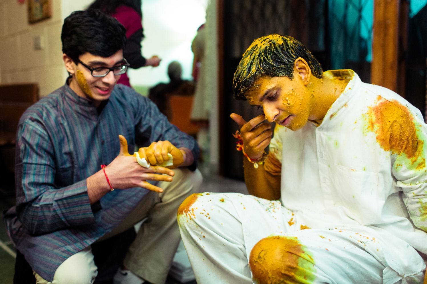 Drenched in turmeric! by Manas Saran Photography Wedding-photography | Weddings Photos & Ideas