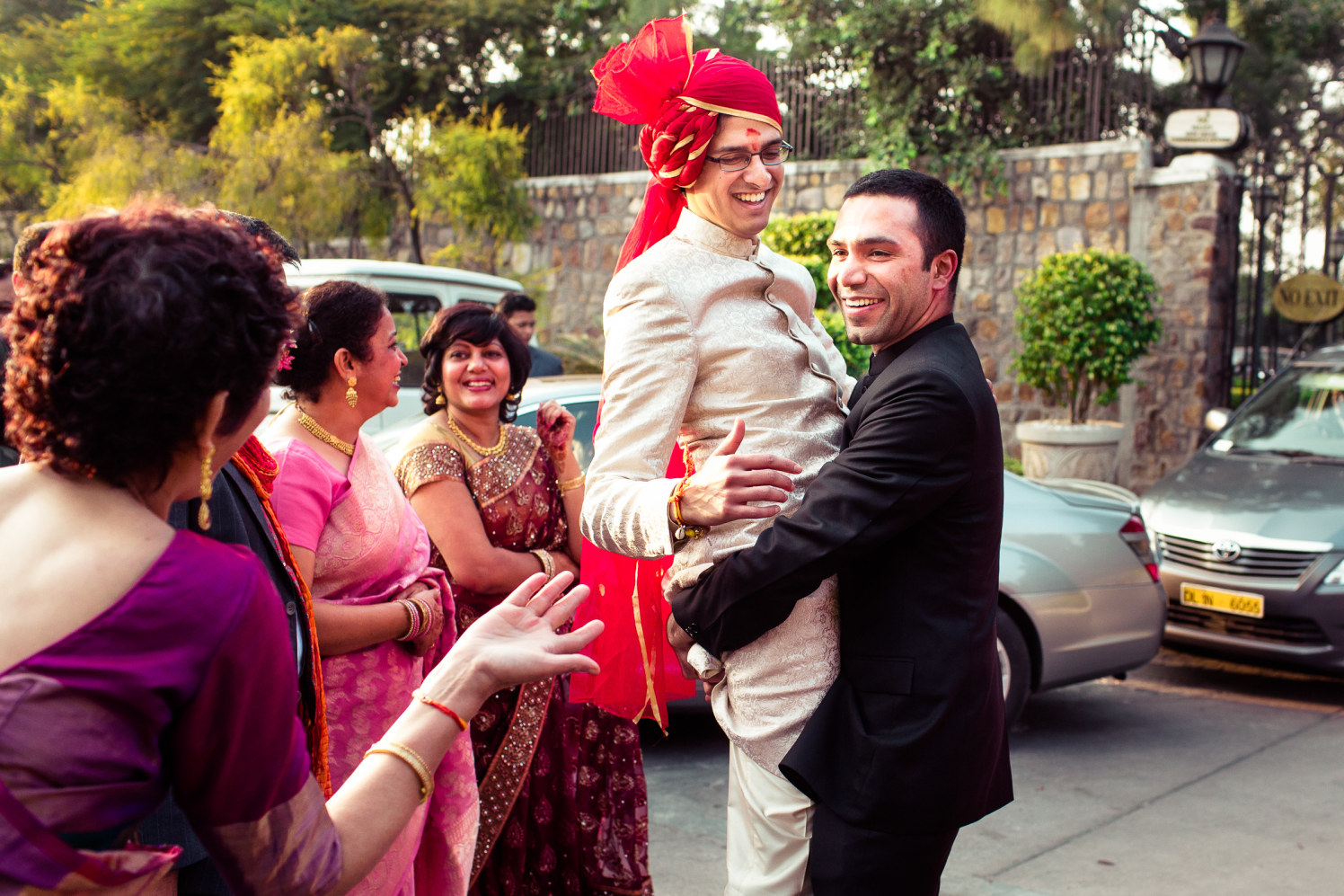 All in the jolly mood! by Manas Saran Photography Wedding-photography | Weddings Photos & Ideas