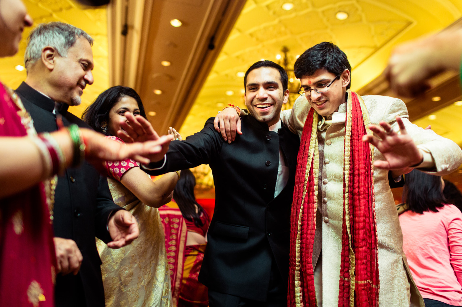 The groom shakes a leg! by Manas Saran Photography Wedding-photography | Weddings Photos & Ideas