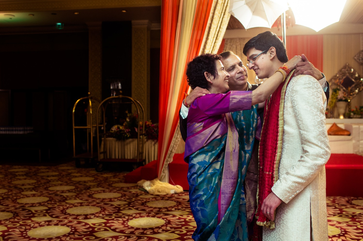 Family's grace! by Manas Saran Photography Wedding-photography | Weddings Photos & Ideas