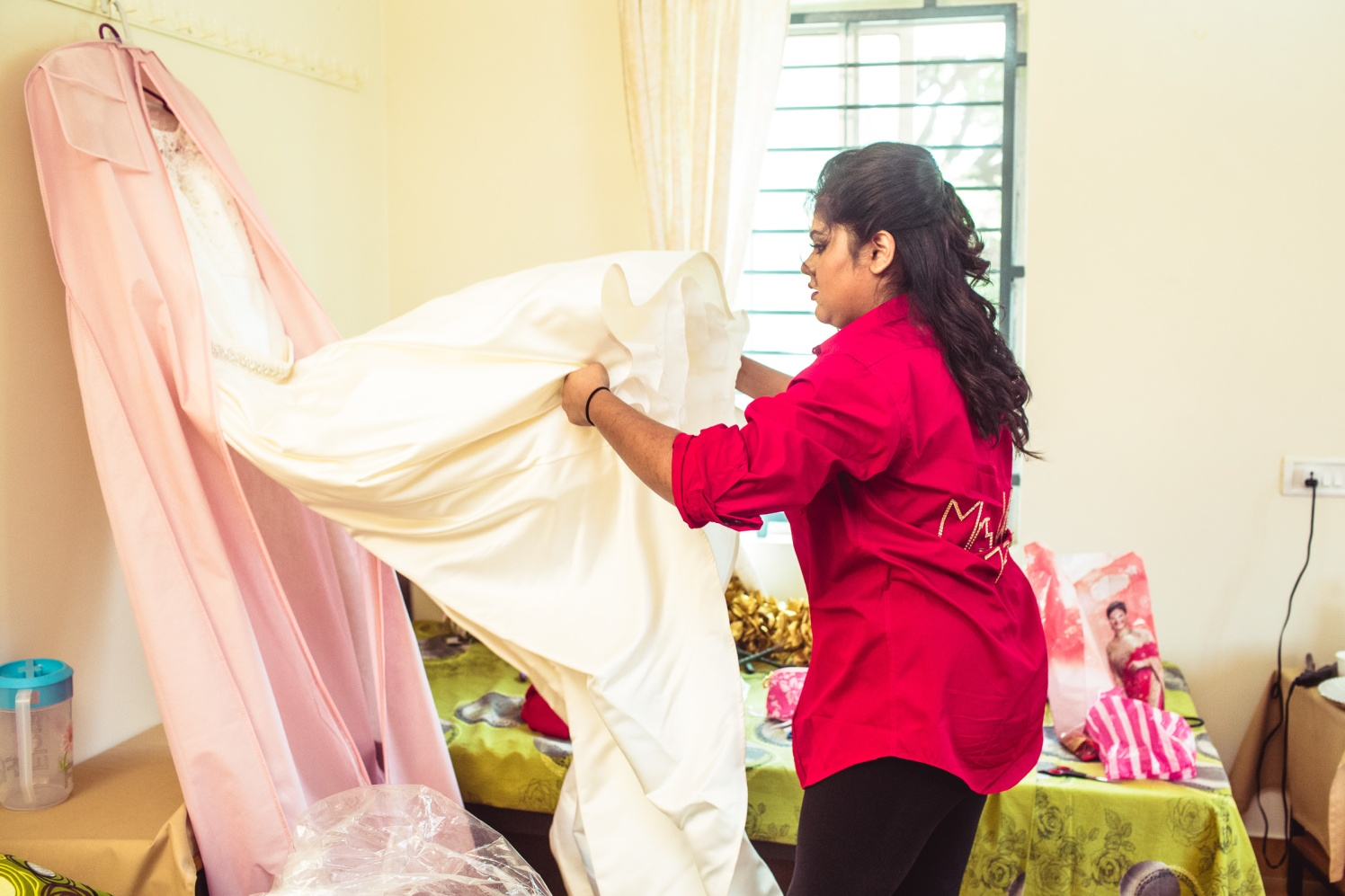 The bride and her gown! by Manas Saran Photography Wedding-photography | Weddings Photos & Ideas