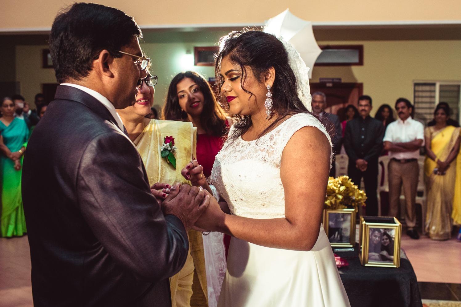 Gracious moment! by Manas Saran Photography Wedding-photography | Weddings Photos & Ideas
