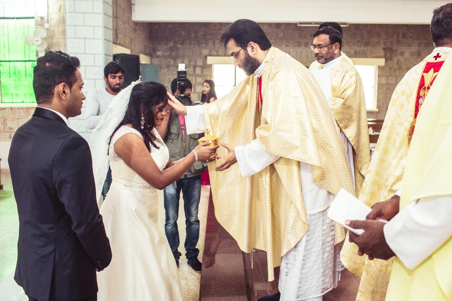 Seeking the blessings! by Manas Saran Photography Wedding-photography   Weddings Photos & Ideas